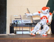 NAO_robot_hour_of_code-891640-edited