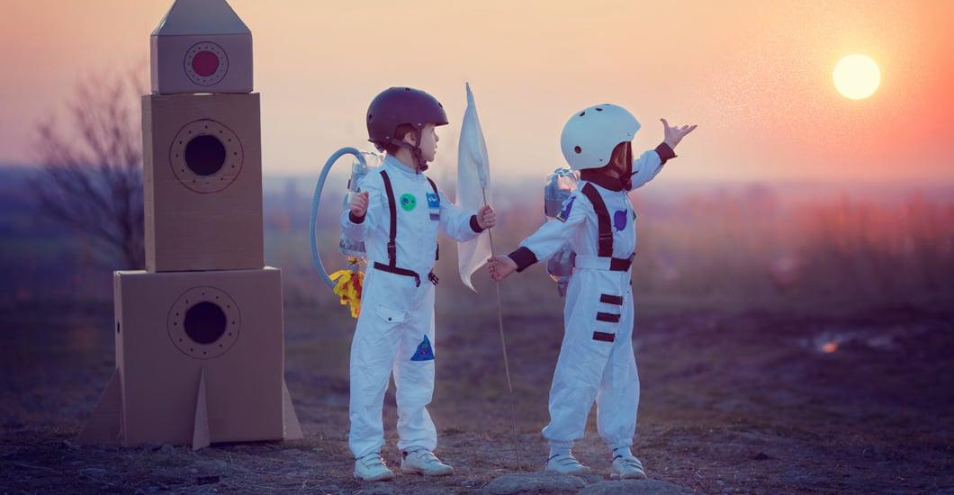 Astronauts-gazing