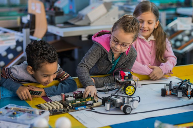 Robotics-in-the-classroom