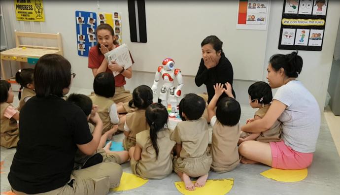 Storytelling -robots