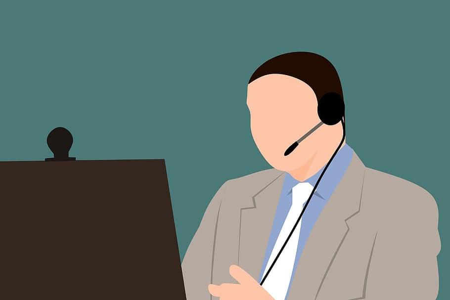 online-webinar-teacher-conferencing