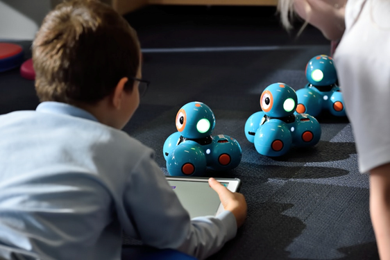 How Young Kids Learn with Robots.