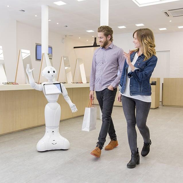 softbank-pepper-retail-greeter-couple